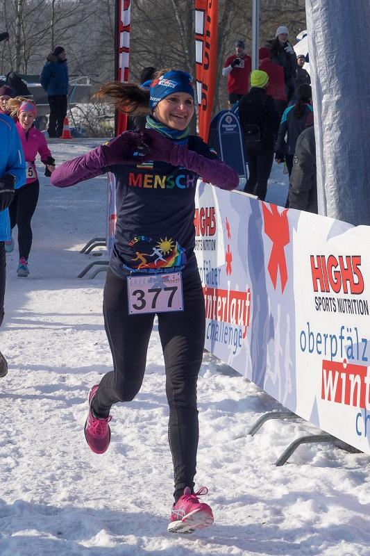 Gundega Heinrich - Winterlauf Challenge Steinberger See 2017
