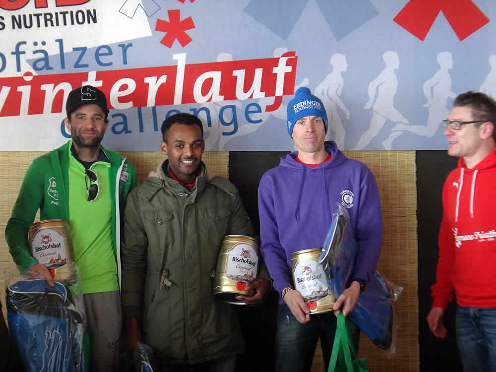 Platz 1-3 der Winterlauf-Challenge am Steinberger See