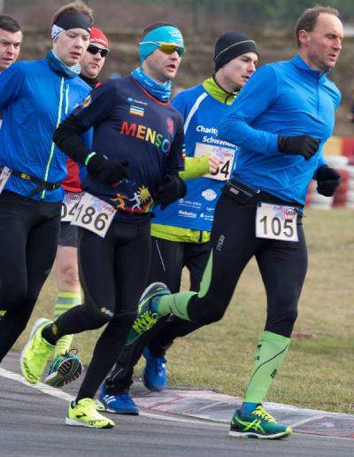 Winterlauf-Challenge Murner See 2017 Läufer mit Herz