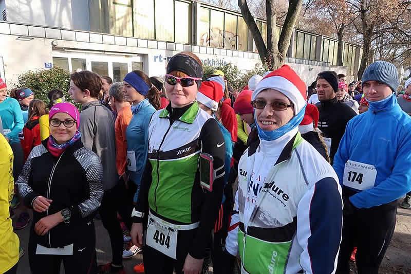 Sonja Majunke und Greger Birgit beim Nikolauslauf in Regensburg